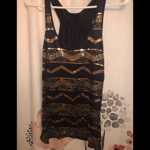 Rue21 Tops - Grey and gold sleeveless tank top